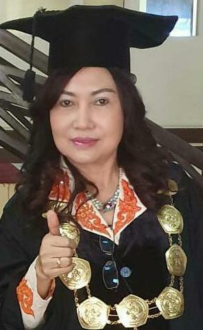 Direktur PPs UPR Prof Dr Yetrie Ludang, MP